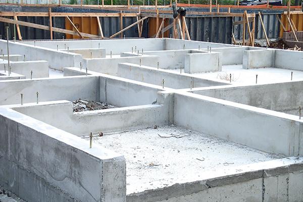 工事開始:基礎工事